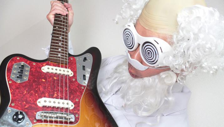 左利きギターとギター博士