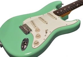 fender-japan-exclusive-stratocaster