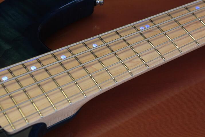 ダイナ楽器:ベースネック