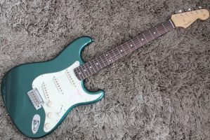 Made In Japan Hybrid 60s Stratocaster(Sherwood Green Metallic)